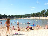 Holiday parks with swimming lake