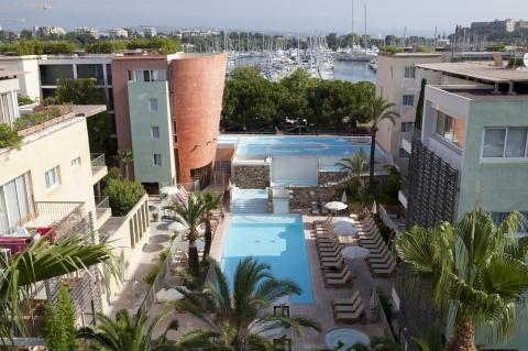 Pierre & Vacances Premium Résidence Port Prestige