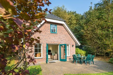 8-person cottage D