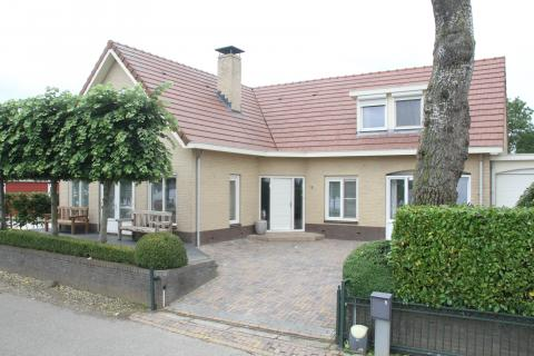 18-person group accommodation Rivierhuis