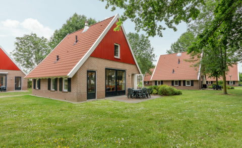 8-person holiday house