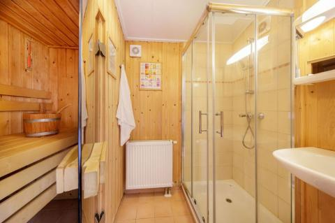6-person mobile home/caravan Wellness