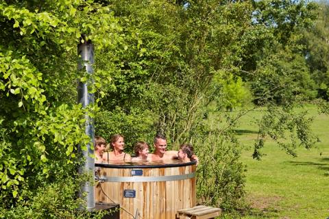 6-person cottage Damhert Hottub