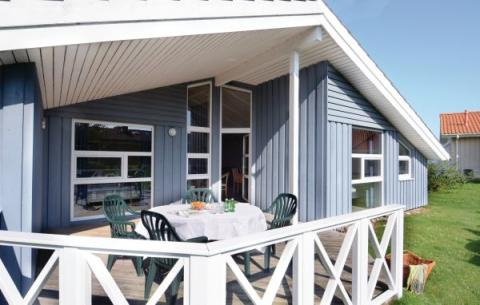 12-person holiday house Strandblick Wellness P
